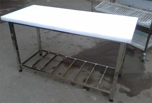 میز کارصنعتی استیل روی پلیتیلن با پایه پاتروکی